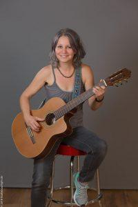 Silvia Ricker - Gitarren und Gesangslehrerin bei Blue Note Bammental